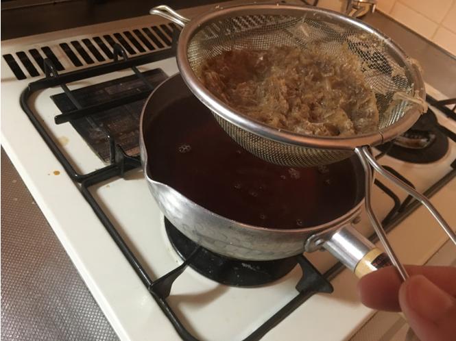 家庭でプロの味!5分でできる蕎麦ダシの作り方|遊楽食房